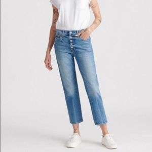 Lucky Brand Mid Rise Straight Leg Jeans 28